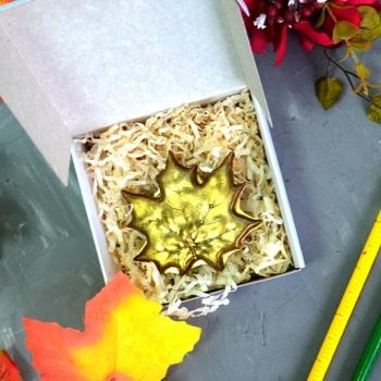 Шоколадный Кленовый Лист 6,5х6,5х0,5 см (055)